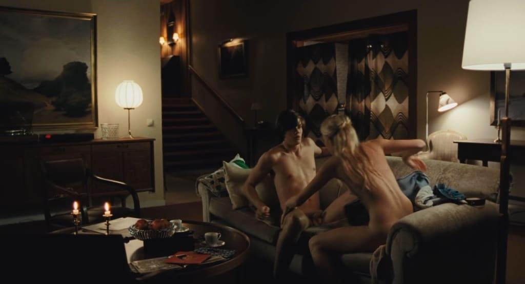 Bill Skarsgård having sex