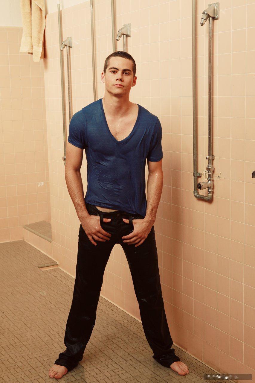 Dylan O'Brien hot body