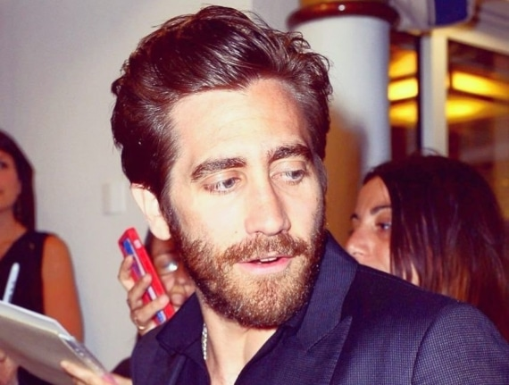 jake gyllenhaal hot