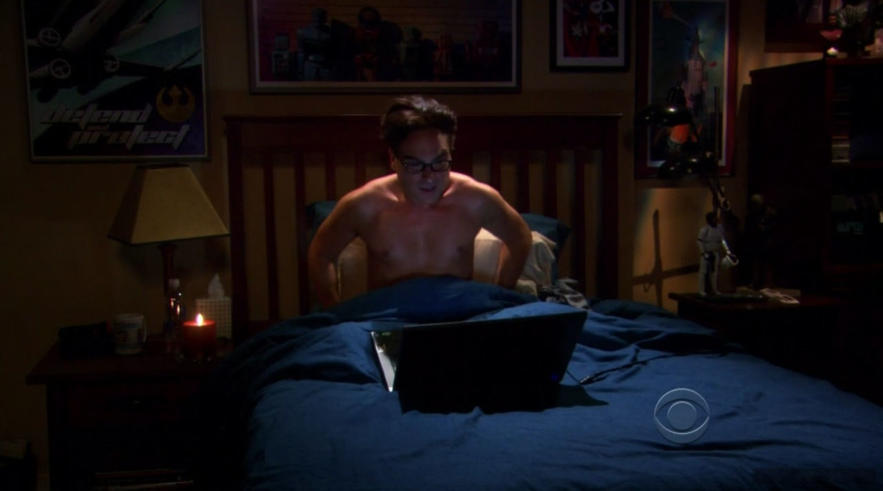 Johnny Galecki muscles