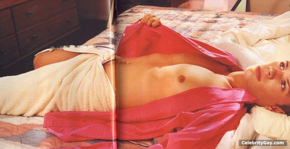 Ryan Phillippe bulge