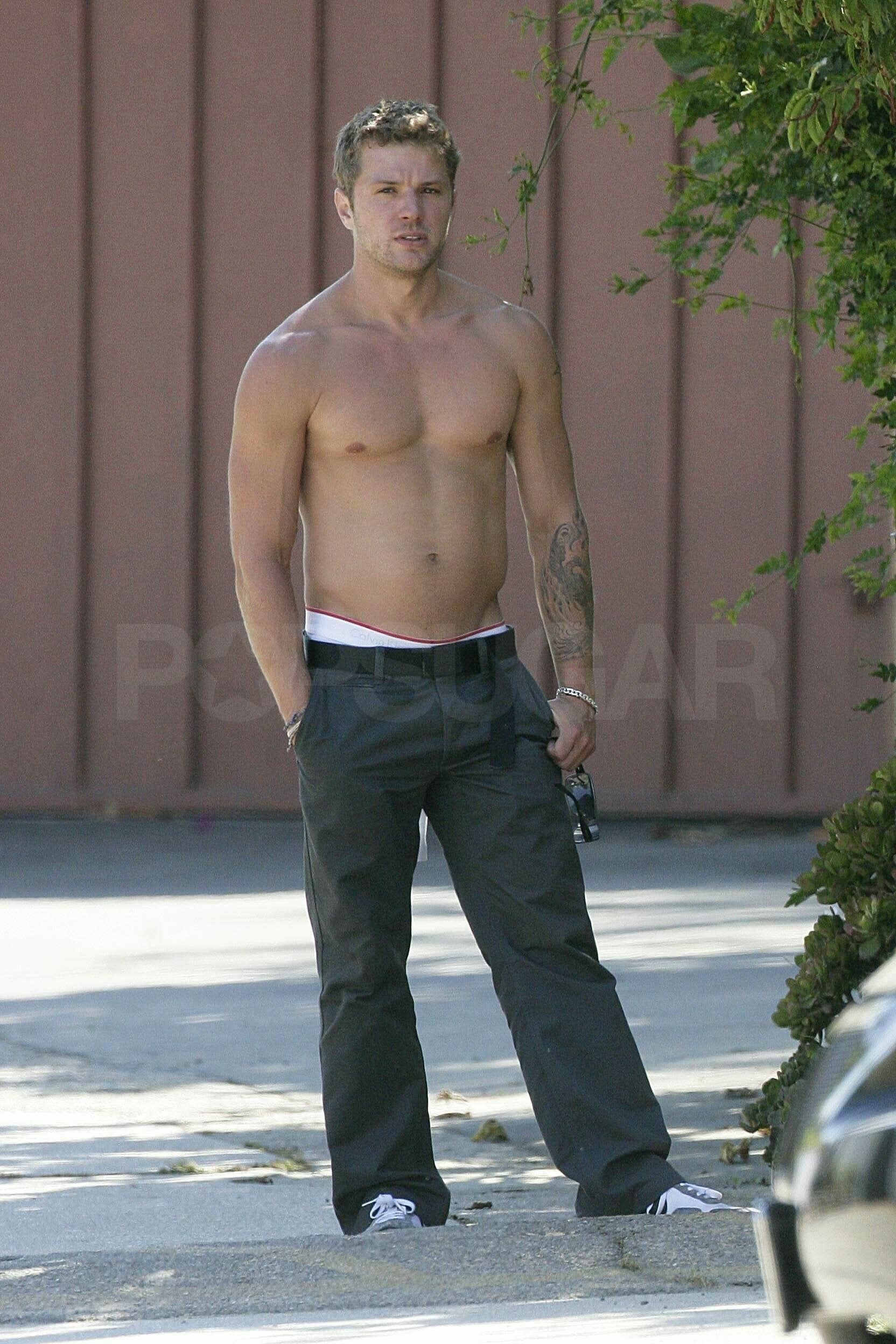 Ryan Phillippe naked shirtless pics (7)