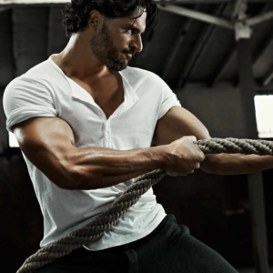 Joe Manganiello sexy rope pull