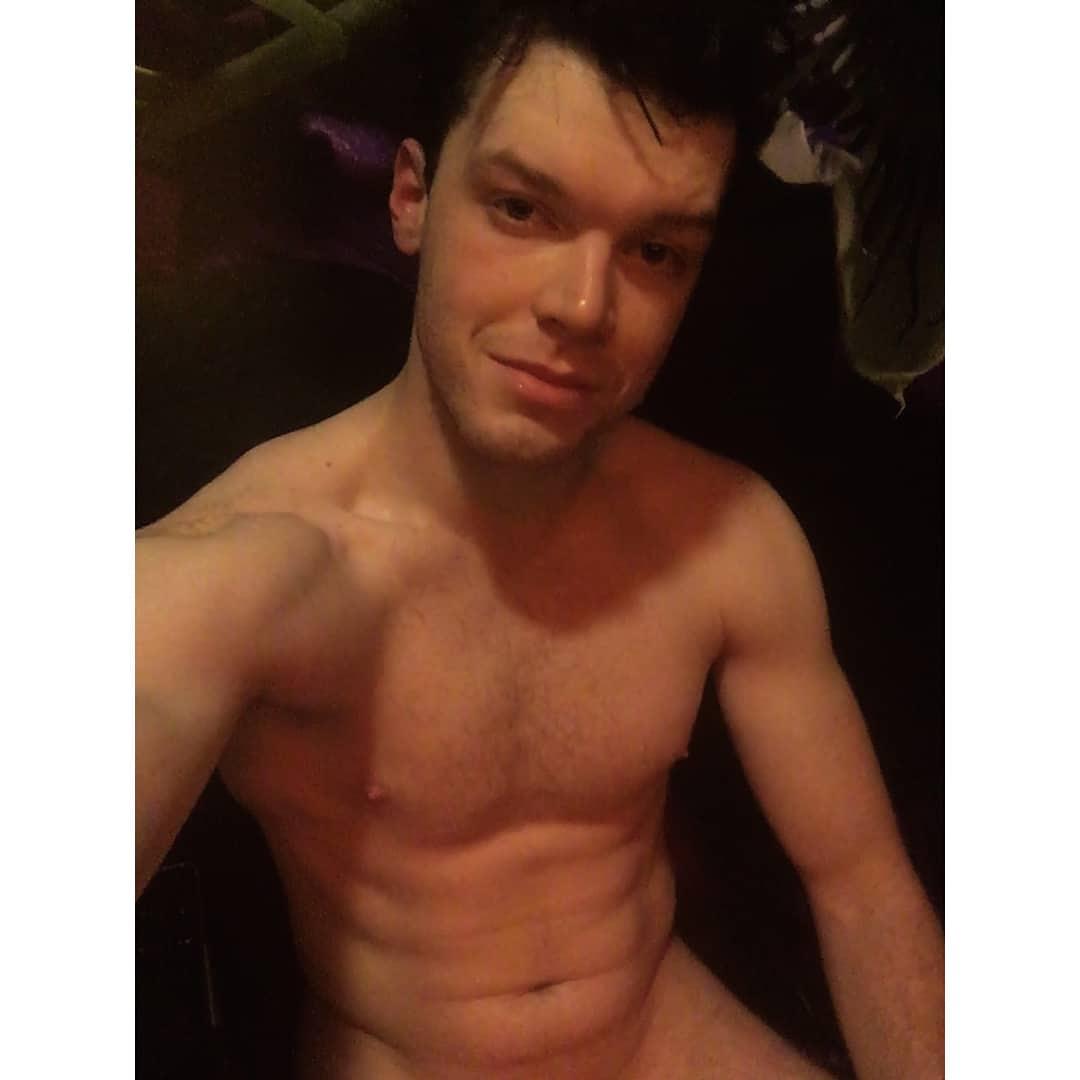 Cameron Monaghan naked