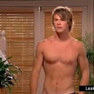 chris hemsworth leaked nude