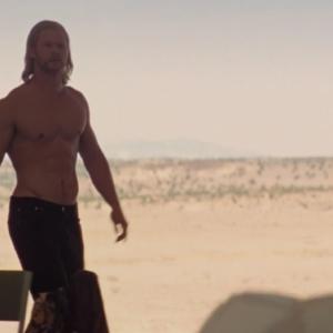 chris hemsworth shirtless picture