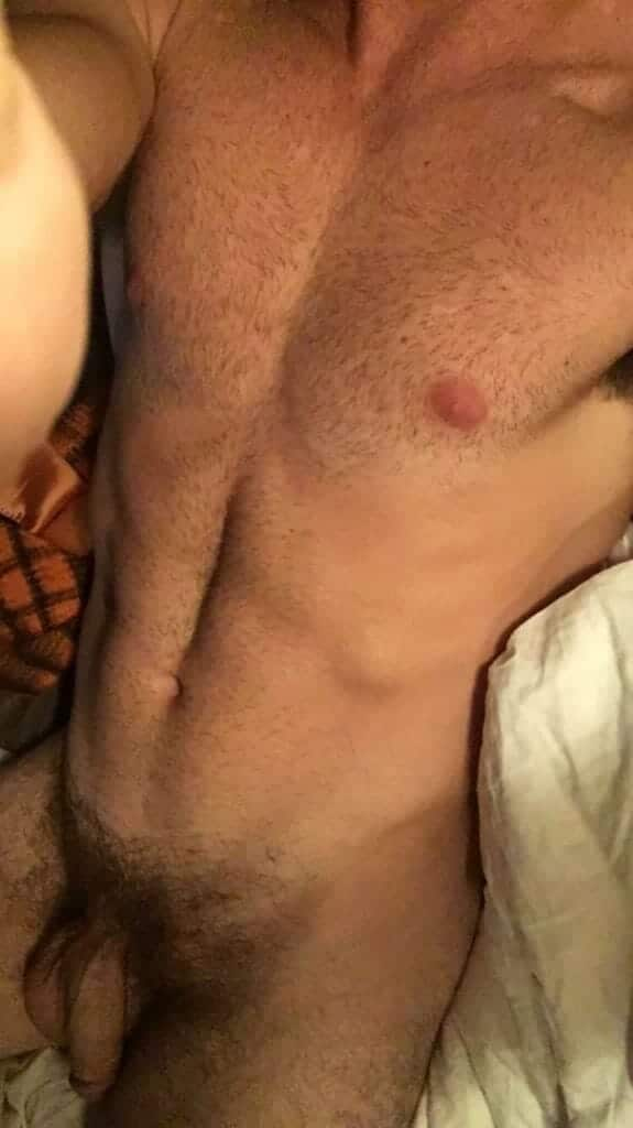 Beau Mirchoff nude