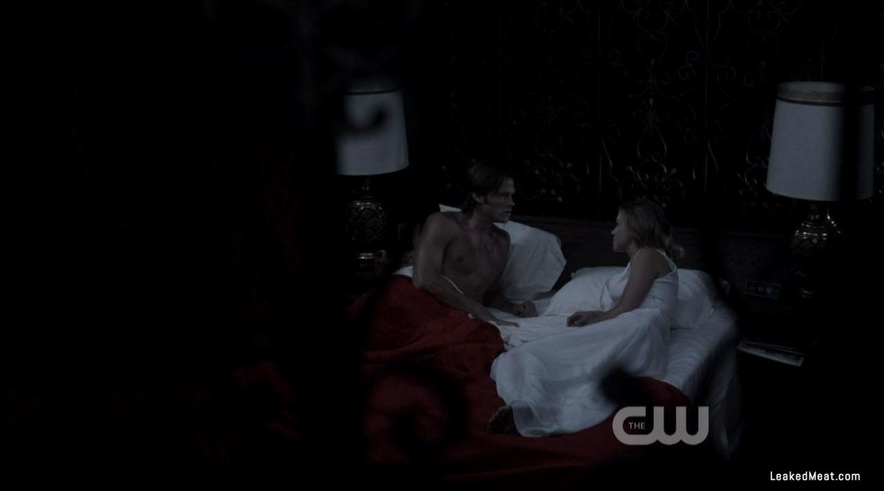 Jared Padalecki shirtless picture