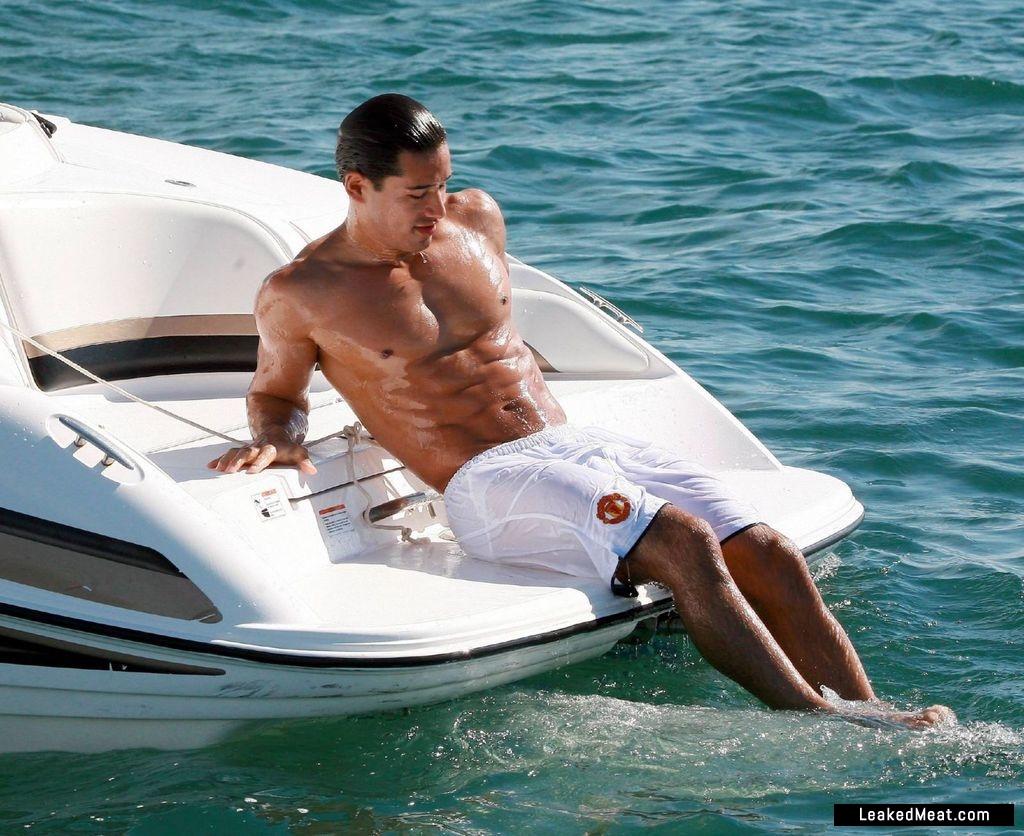 Mario Lopez naked body