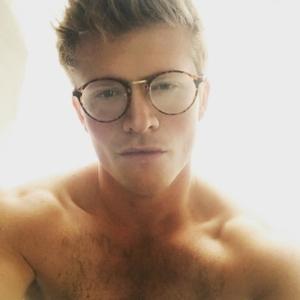 Josh Harwood shirtless and sexy