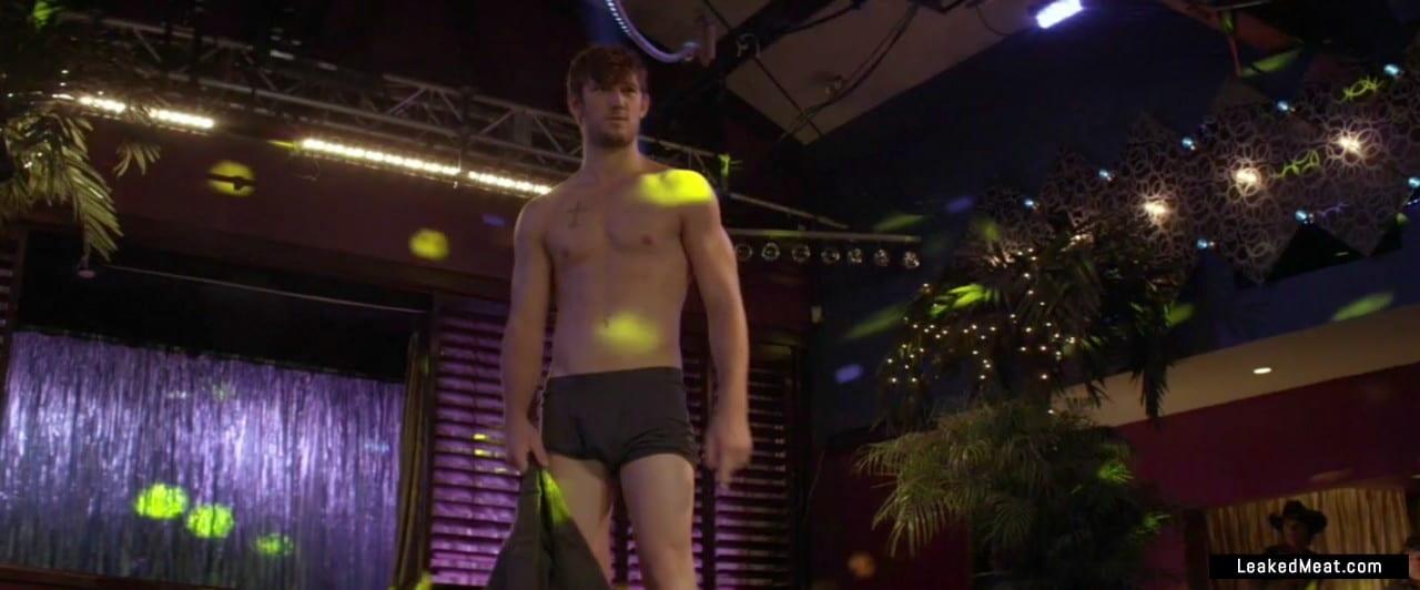 Alex Pettyfer ass