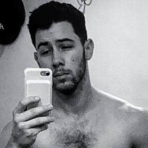 Nick Jonas Nude Pics - NEW LEAKS from 2019!