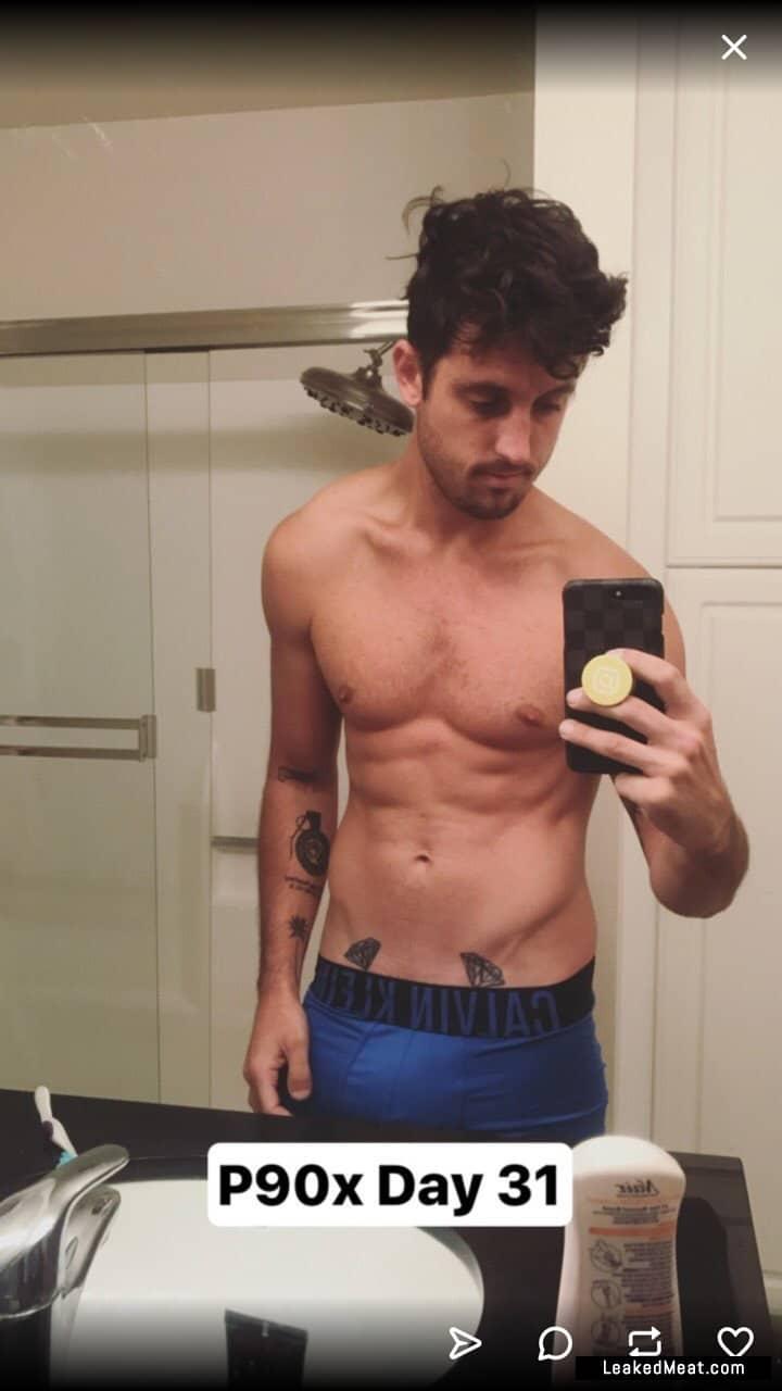 Sawyer Hartman leaked naked