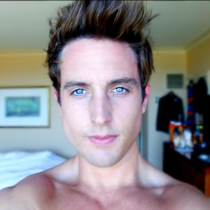 Sawyer Hartman Nude Photos - Sexy Youtuber LEAKED!