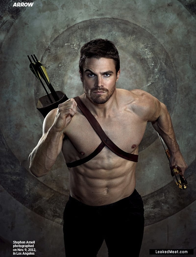 Stephen Amell cock pic