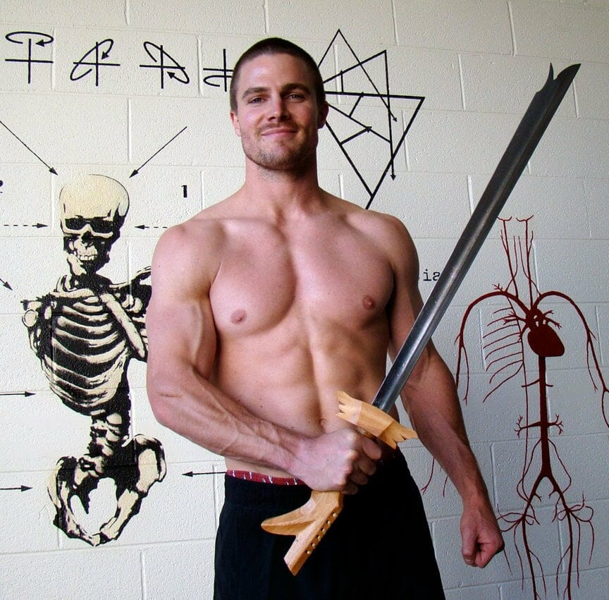 Stephen Amell gay