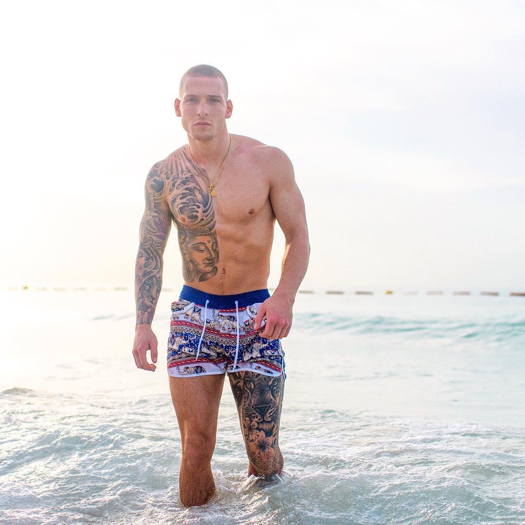 Brandon Myers porno picture