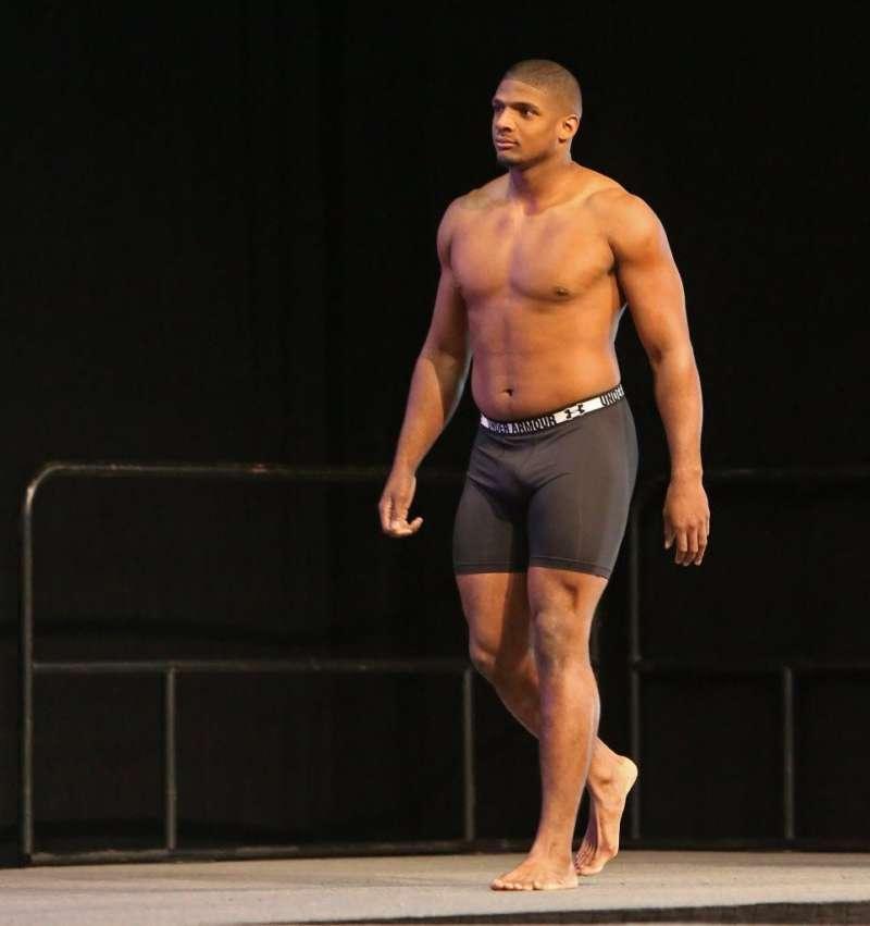 Michael Sam bugle in boxers