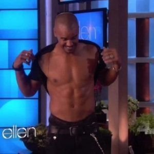 Shemar Moore abs