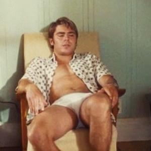 Zac Efron underwear scene