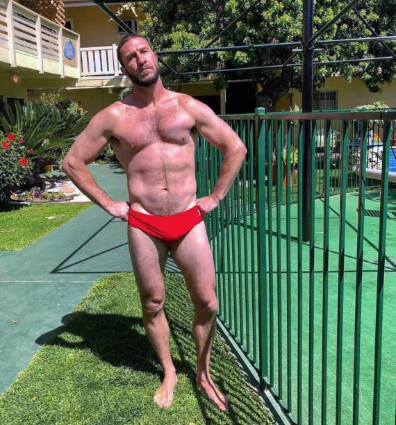 Pablo Schreiber penis bulge