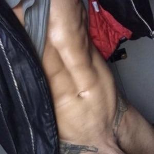 Lotan Carter naked