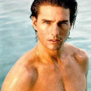 Tom Cruise Nude — Sexy Pics & Cock-Throbbing Videos