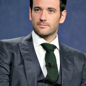 Colin Donnell chest