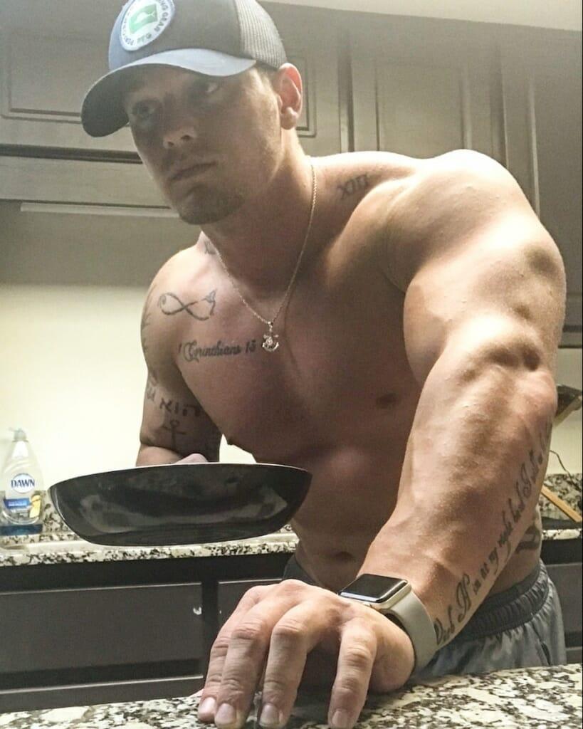 Hunter Barfield hot body