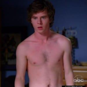 Charlie McDermott naked