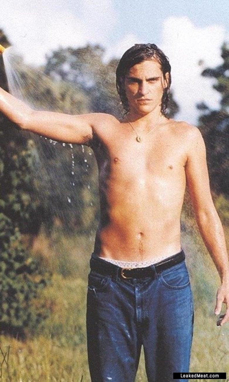 Joaquin Phoenix sexy leaks