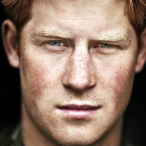 Prince Harry uncensored nude pic