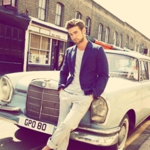 Chace Crawford big muscles