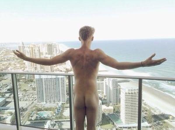 Cody Simpson dick slip