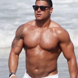 Ronnie Ortiz-Magro ass