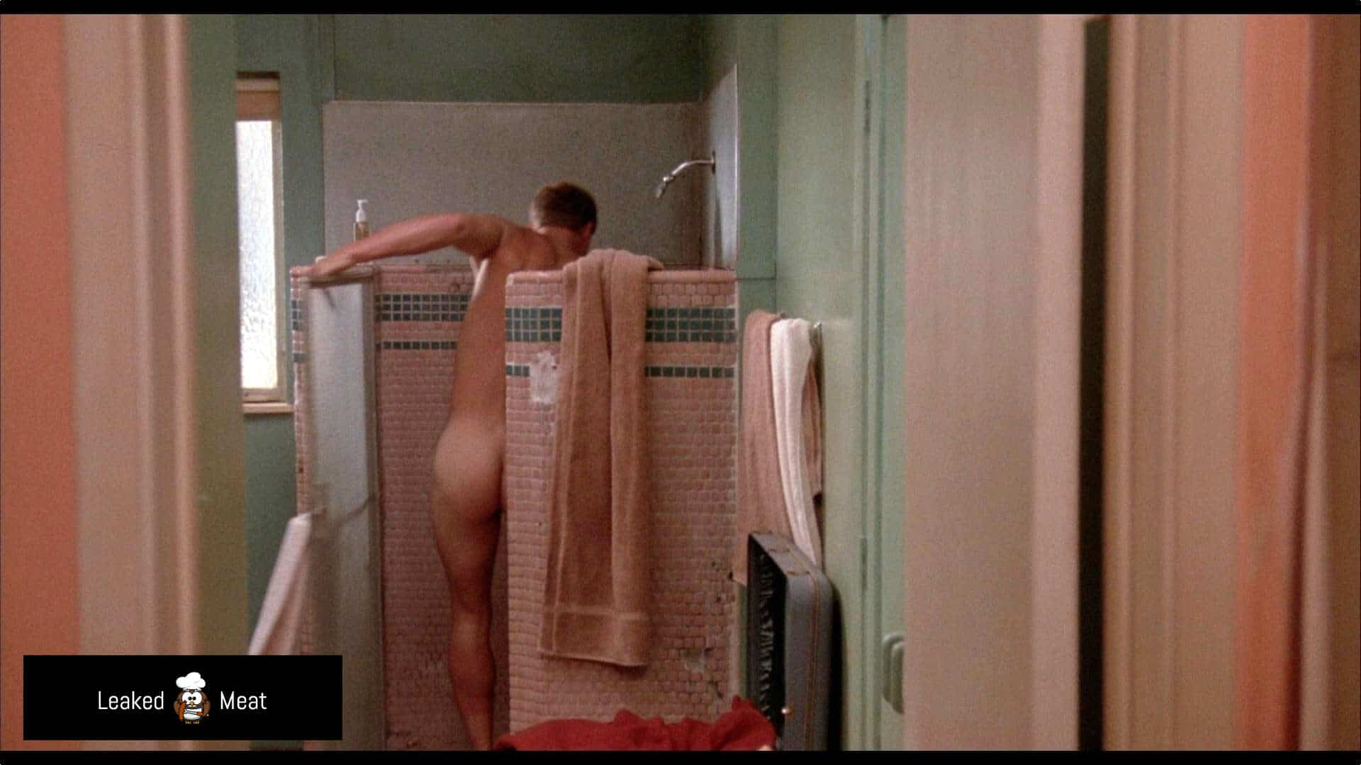 Woody Harrelson selfie