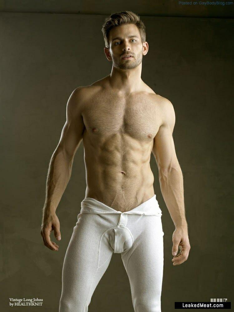 Derek Yates big bulge