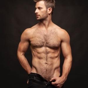 Derek Yates gay