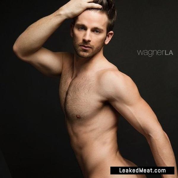Derek Yates nudes