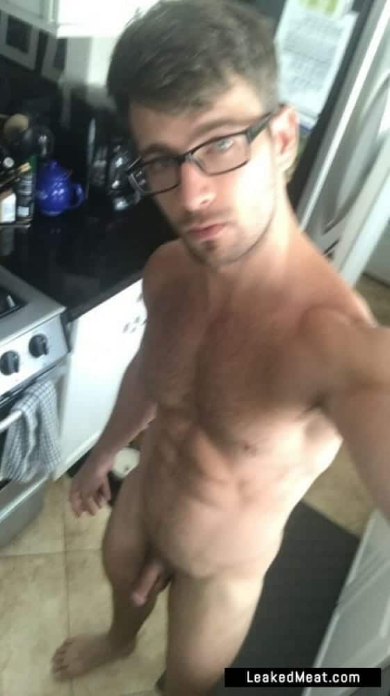Derek Yates porno picture